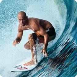 surfista profesional kelly slater ama la quiropráctica