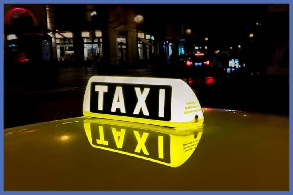 foto de una señal de taxi